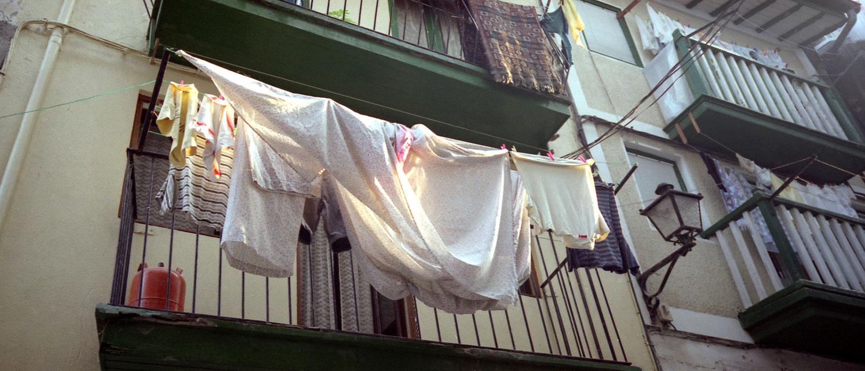 washing-spain